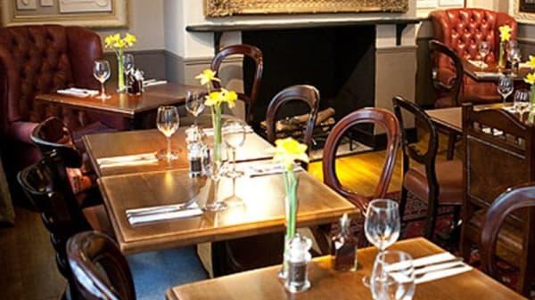 Restaurant - Ye Olde Watling, London