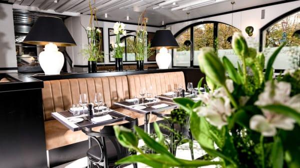 Salle du restaurant - Auberge de Vandoeuvres, Vandœuvres