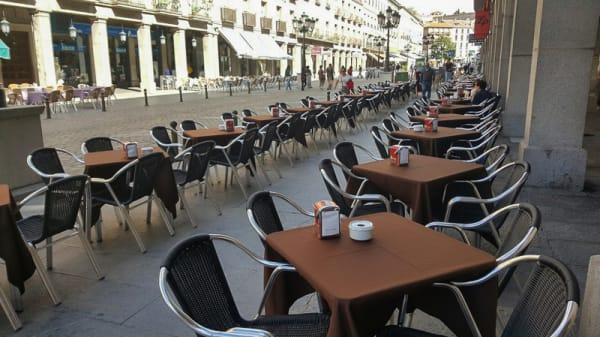 Terraza - Haggen, Segovia