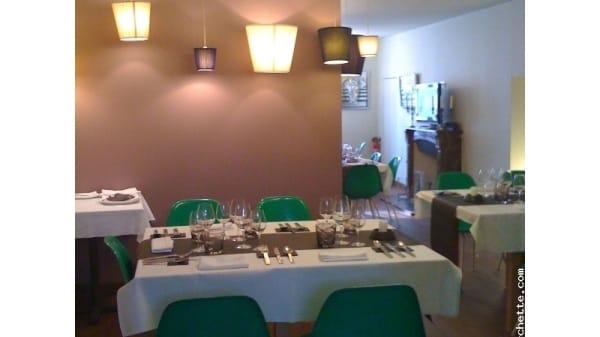 Table dressée - Via Mokis, Beaune