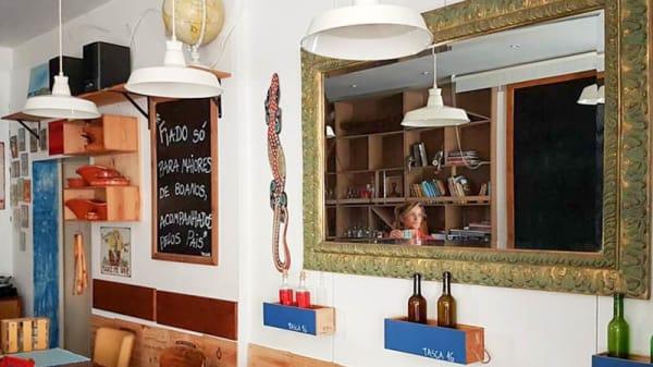 Sala do restaurante - Tasca 16, Oeiras