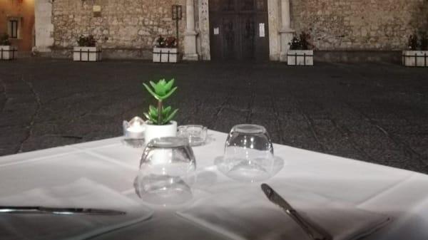 Tavolo - Le Quattro Fontane, Taormina