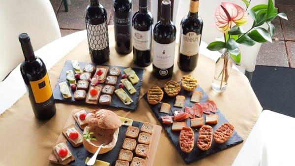 Vinhos e tapas - Aconchego, Funchal