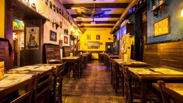 La nostra accogliente location - Pub Four X, Ladispoli
