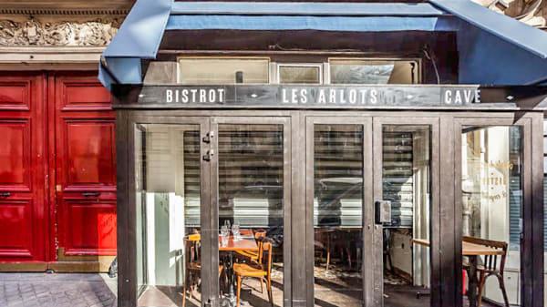 Entrée - les Arlots, Paris