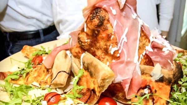 presentazione del ristorante - Mucca Pazza (via Trieste), Peschiera Borromeo