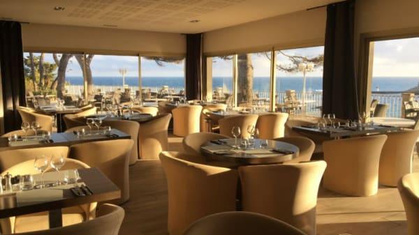 Salle du restaurant - La Villa Madrigal, Carry-le-Rouet