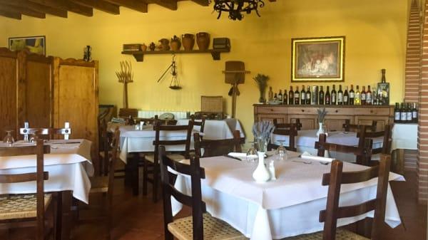 Comedor interior - Meson Asturum, Murias de Rechivaldo