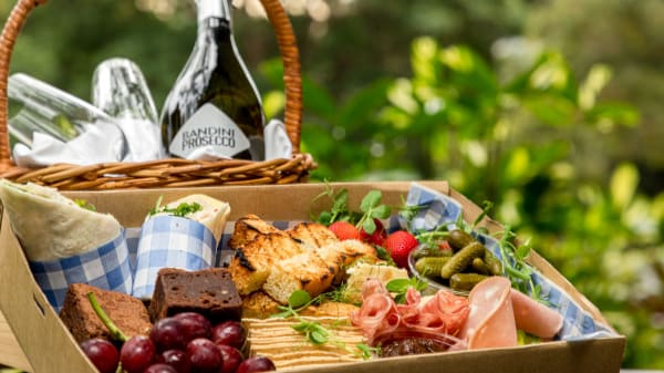 Picnic Hamper - Terrace on the Domain Picnic Hampers, Sydney (NSW)