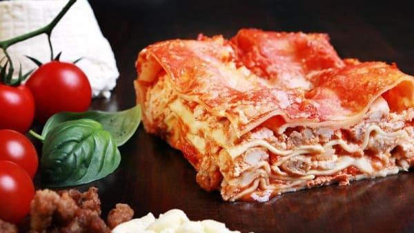 Piatto - Mamma Lasagna, Casavatore