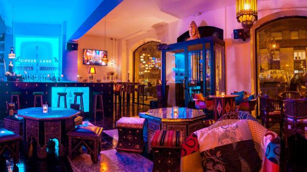 Salón - Cirkuz Land - Lounge & Cocktail Bar Barcelona, Barcelona