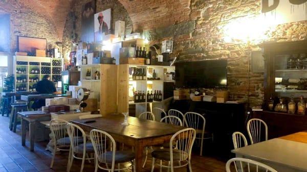 Veduta dell interno - Enoteca Forte San Pietro, Livorno