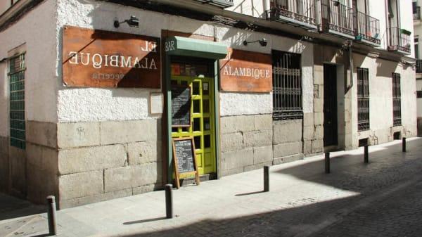 exterior - Taberna Alambique, Madrid