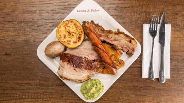 Palos de Leña Restaurantes (Centro), Bogotá