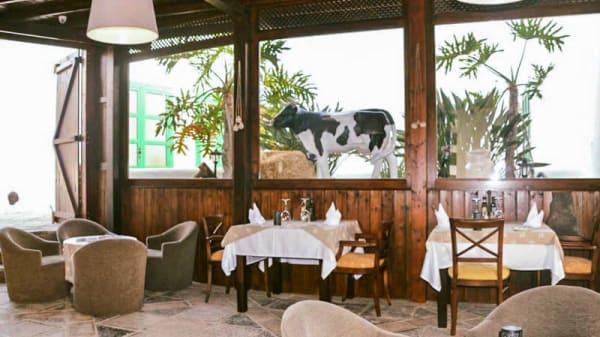 Vista sala - Buenos Aires Grill Argentino (Puerto Marina Rubicón), Playa Blanca