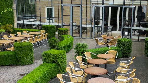 Terras - Grand Café de Snor, 's-Heerenberg