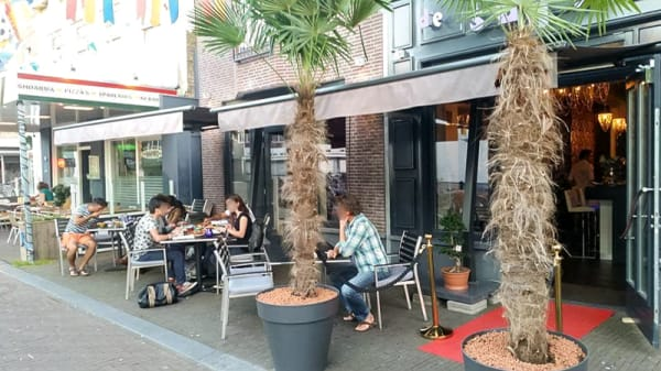 Terras - De Sultan, Heerenveen