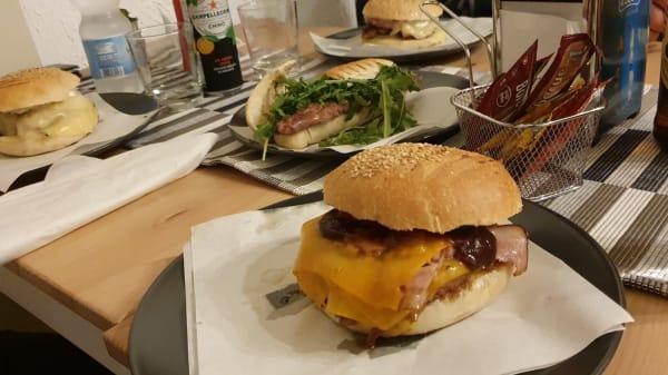 Bbq Burger - Costa Food Burgheria e Ristorante, Palermo