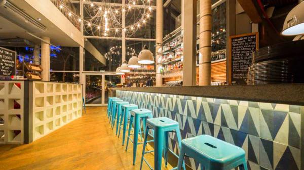 Sala do restaurante - Jamie's Italian - Itaim Bibi, São Paulo