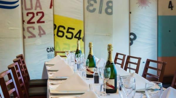 Yacht Club Restaurant - Southern Cross Yacht Club, Yarralumla (ACT)
