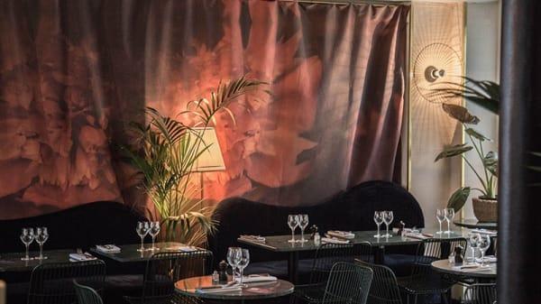 Salon boudoir - Inavoué, Paris-1ER-Arrondissement