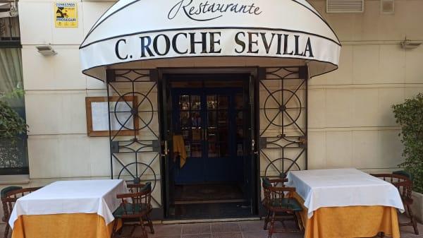 Cabo Roche, Sevilla