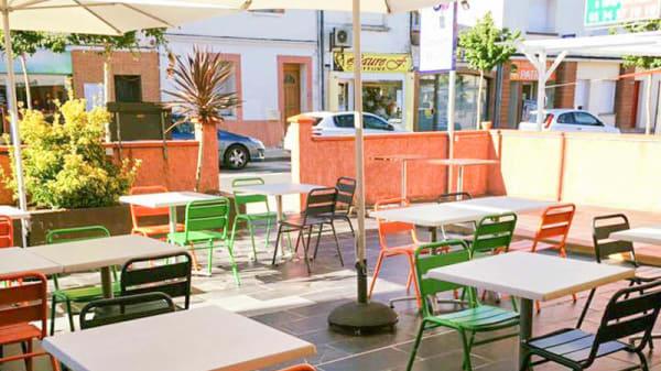 Terrasse - Le Comptoir Soixante-Quatre, Léguevin
