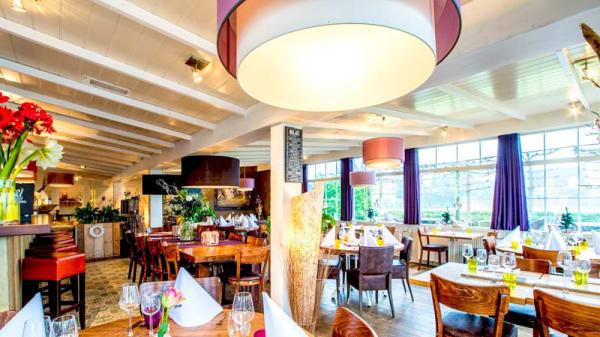 Het restaurant - Indonesisch specialiteitenrestaurant Flores, Loenen aan de Vecht