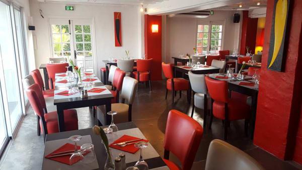 La salle de restaurant - La table des Docks, Biarritz