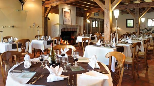 Salle du restaurant - Les Délices du Saint Florent, Mont-près-Chambord