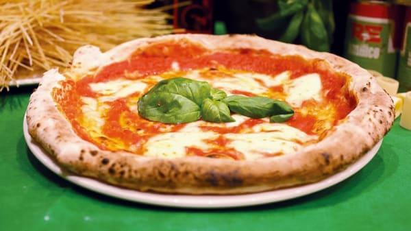 La pizza - REbasilico Cernaia, Roma