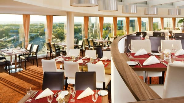 Photo 4 - Otto Dine with a view at Sheraton Dusseldorf, Düsseldorf