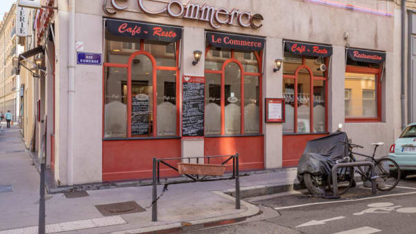 Façade - Brasserie Le Commerce, Lyon