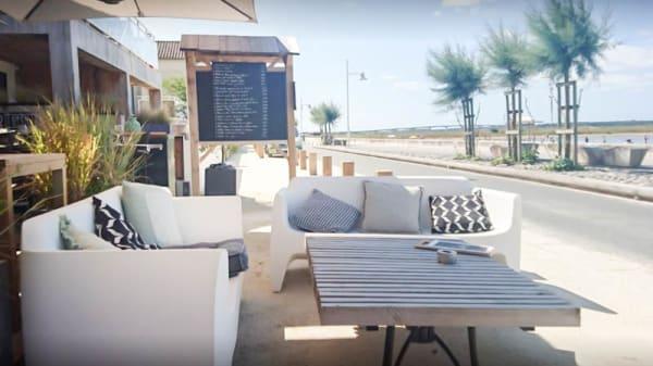 Terrasse - Manger sur La Plage, Marennes
