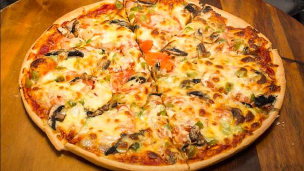 Pizza - Pizzeria Margarita, Sevilla