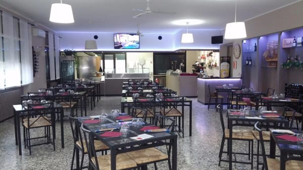 Sala - Ristorante Pizzeria La Fenice, Grignasco