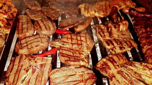 Heerlijke steaks van de grill - Perito Moreno, Uithoorn