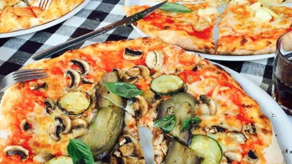 Pizza au four - Posto al Sole, Sint-Gillis