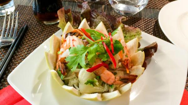 salade de crevette pamplemousse - Thai Basilic, Tremblay-en-France