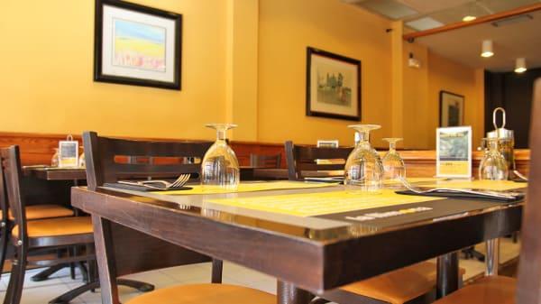 mesa a para cuatro - La Llimona, Barcelona