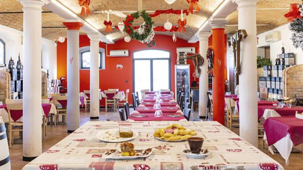 Vista della sala - Lo Stalliere, Modena