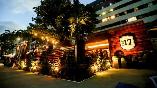 Entrada - DEZ17 Lounge Bar, Fortaleza