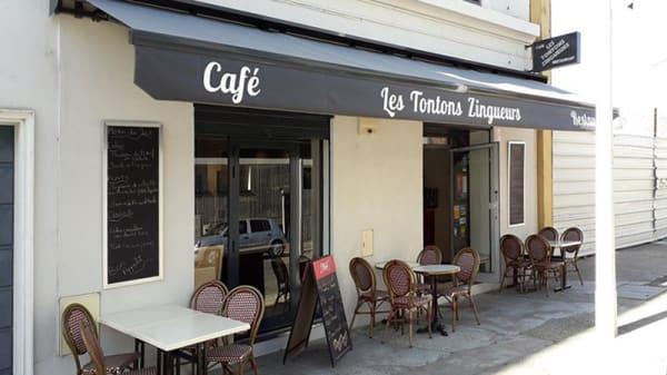 Devanture - Les Tontons Zingueurs, Lyon