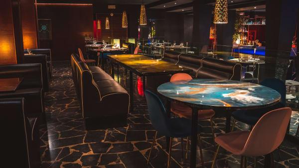 Cosmo Restaurant - World of Taste, Corlo