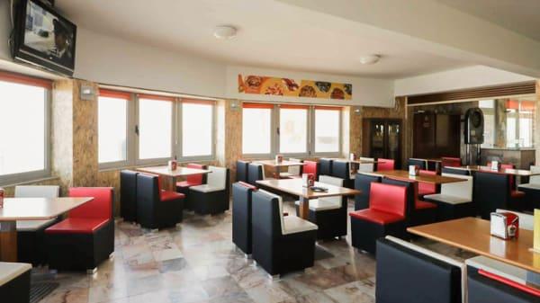 Vista da sala - Meia Laranja Restaurante Marisqueira, Mindelo