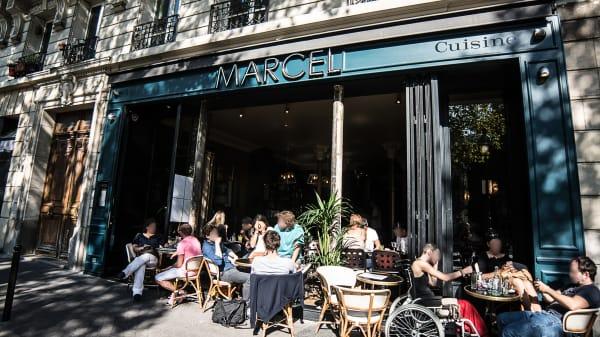 Bienvenue au restaurant Marcel - Marcel, Paris