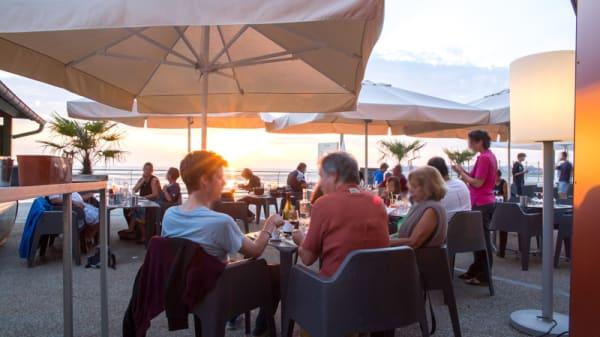 Notre terrasse en front de mer - Le Comptoir JOA - Saint-Pair-sur-Mer, Saint-Pair-sur-Mer