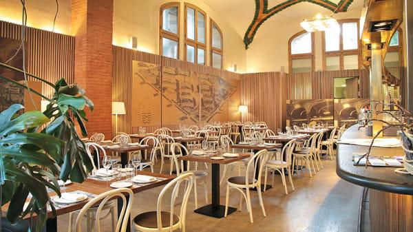 Vista sala - 1902 Cafè Modernista, Barcelona