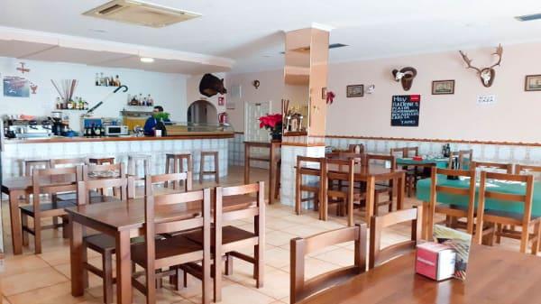 Vista de la sala - Hostal bar Granada, La Nucia