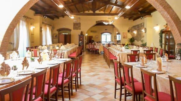 Interno - La Corte Dei Principi, San Martino